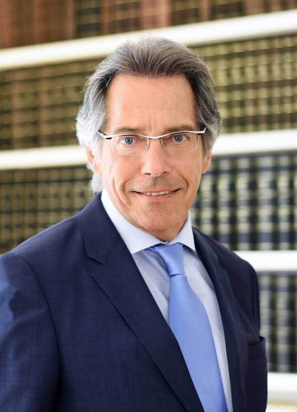 Dr. Ulrich Siohl